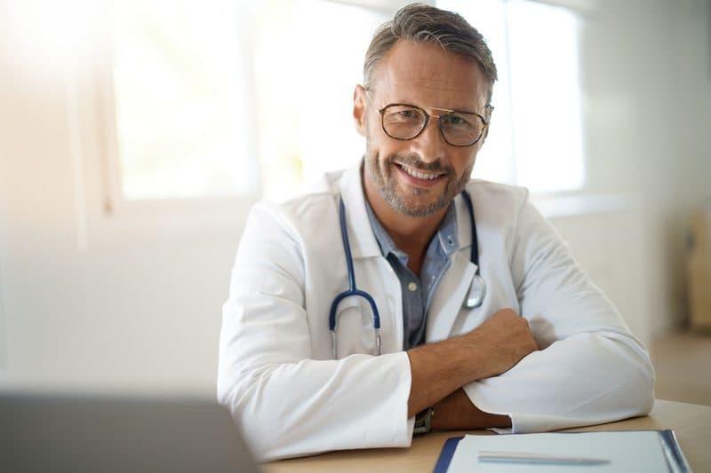 trouvez votre tenue de travail médical et bien-être
